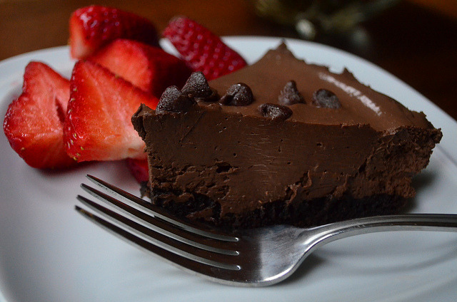 Vegan No-Bake Chocolate Pudding Tart