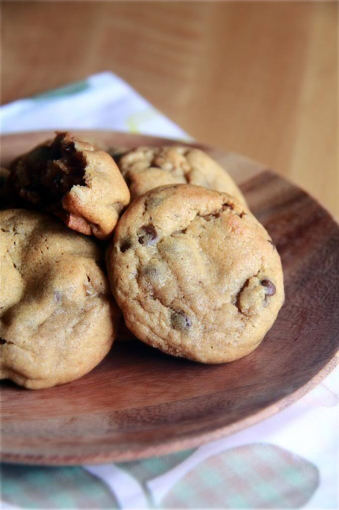 Recipe: Chewy Chocolate Chip & Walnut Cookies