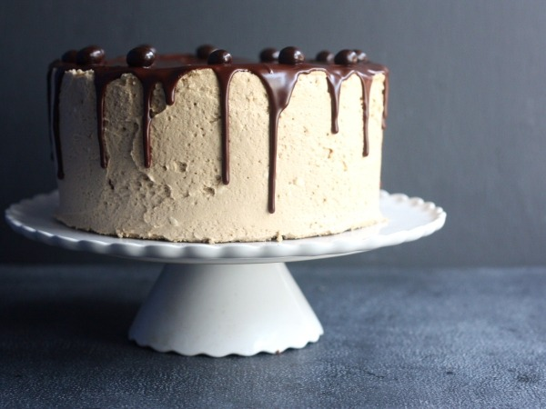 (via Chocolate Coffee Layer Cake Completely Delicious)